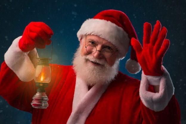 Julemanden kommer d. 24.12 i Dinnesen